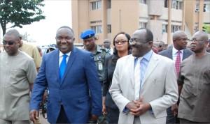 Governor Ugwuanyi on a visit to Enugu Teaching Hospital, Parklane