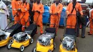 anambra-road-sweepers-4