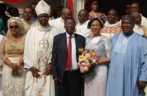 Chief Jim Nwobodo and his wife, Patricia, flanked by Governor Ifeanyi Ugwuanyi and Bishop E. O. Chukwuma